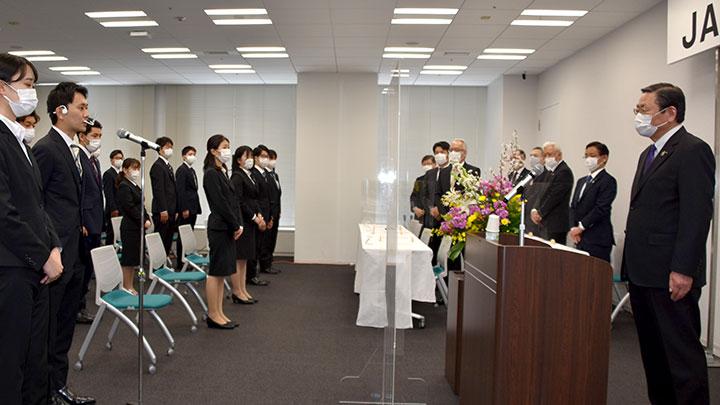 テレビ会議で新入職員入会式 JA共済連