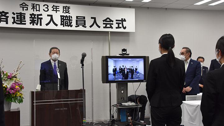 愛知県本部からテレビ会議システムで決意を語る近田萌木さん
