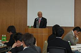 講演する村上光雄JA全中副会長(JA広島中央会会長)