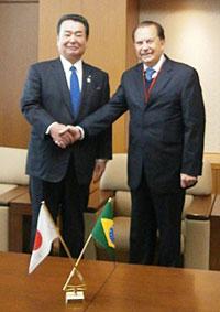 JA全農の中野会長(左)とコアモ農協のガラシーニ会長