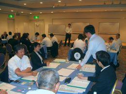 JAの人材育成プロフェッショナル研修におけるグループ討議(横浜市・新横浜プリンスホテルで)」