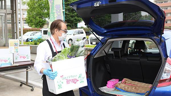 野菜や米をドライブスルー方式で販売-JAちば東葛