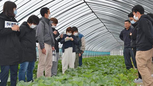 農業研修生の産地視察に協力-JA鶴岡