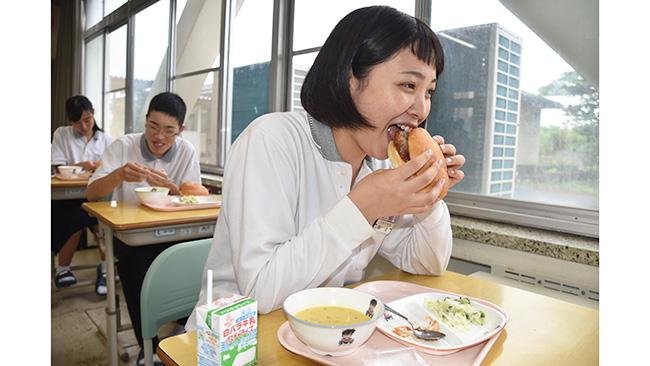 北栄町立大栄中学校3年生の梅津恋さん