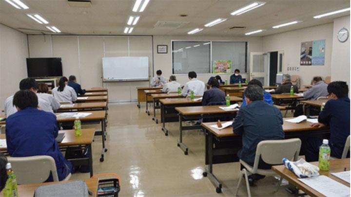 研修会には生産者やJA・県職員が参加