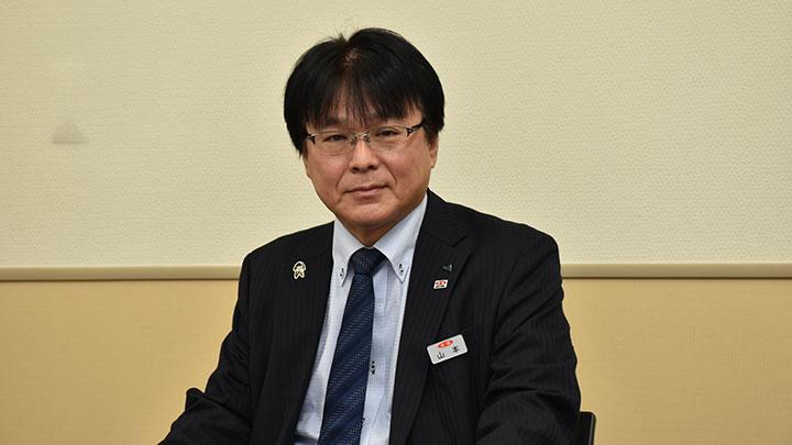 山本貞郎 米穀部長