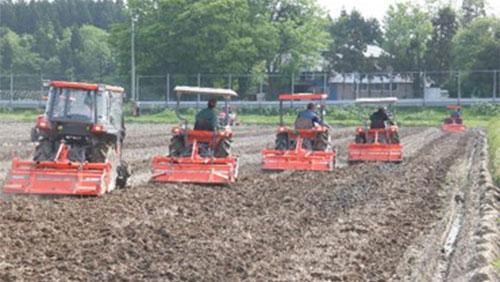 労働時間半減、契約栽培も 農事組合法人「たねっこ」(秋田県大仙市)