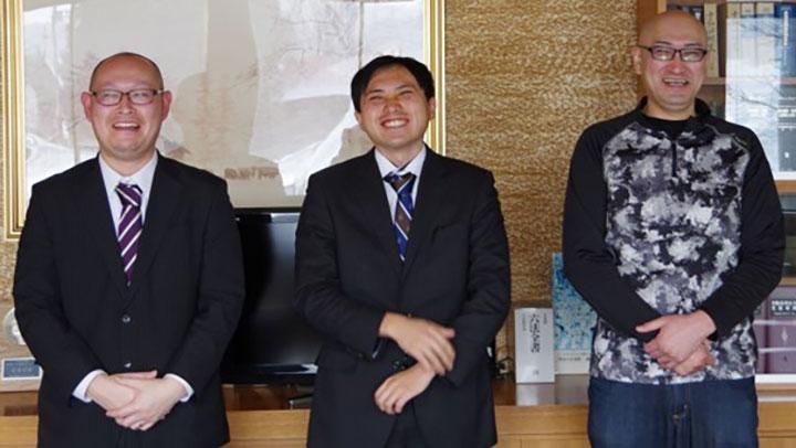 座談会の出席者。左から寺澤祐介氏、佐々木祐輔氏、東寛貴氏
