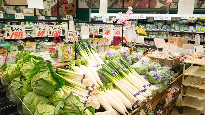 スーパー野菜コーナー.jpg