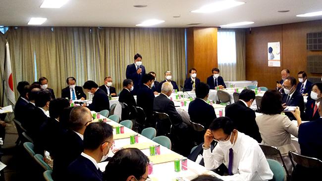 自民党本部で開かれた農業基本政策検討委員会