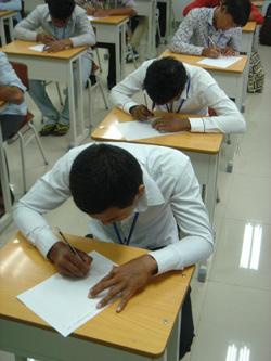 カンボジアでの技能実習生の選考・算数の計算問題