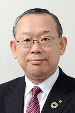 西本 麗 氏(農薬工業会 会長)