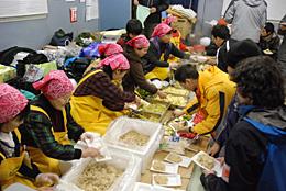 東日本大震災でのJA女性部の支援活動