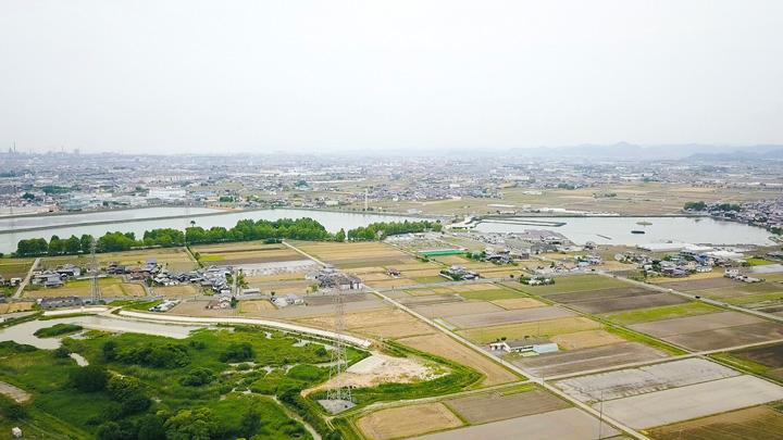 名水の給水ステーション「百丁場乃湧水 百(HYAKU)」