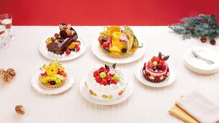 フルーツピークスのクリスマスタルトとケーキ