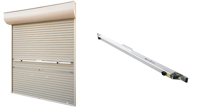 「耐風ガードLプラス」の設置後(左)、既設軽量シャッター用補強部材「耐風ガードLプラス」