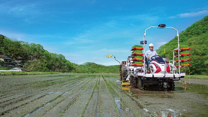 稲作を省力化・低コスト化する田植機「YR-DAシリーズ」発売 ヤンマー