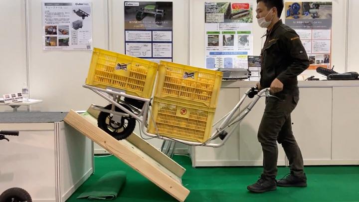 一輪車を電動化できる「E-Cat Kit」
