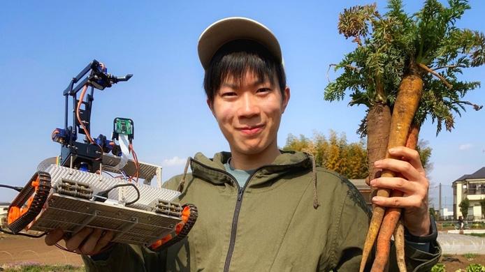 実家の農業を手伝いながらロボットを開発するおっぱたテック代表の乙幡陽太氏