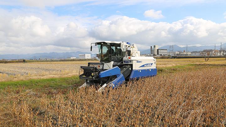 さらに使いやすくなった普通型コンバイン「HC405」新発売 井関農機