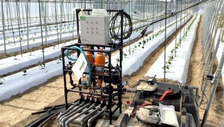 ゼロアグリ制御盤+給液装置 設置例