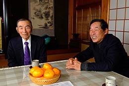 日本文化について語り合う星氏(左)、山下氏