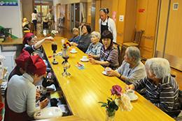 定年退職したご夫婦の「ローマンうえだ」で定期的に開店しているボランティアのカフェ