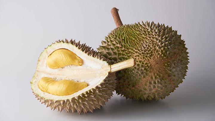 「猫山王」は、濃い黄色の果肉と、お尻の星形が特徴